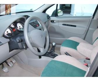 Peugeot 207 (2) 1.6 hdi de l'année 2009 à vendre 2