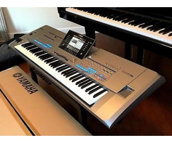 Yamaha Tyros 5 Keyboard synthesizer 2