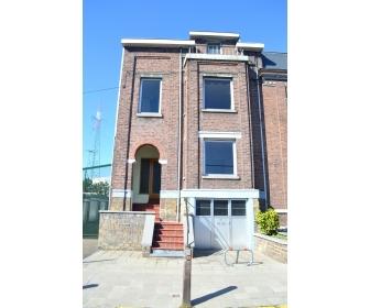 maison de caractère 4 chambres + garage 165000 euros 2