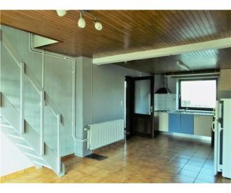 Petite maison à 3 km du centre de Neufchâteau 3