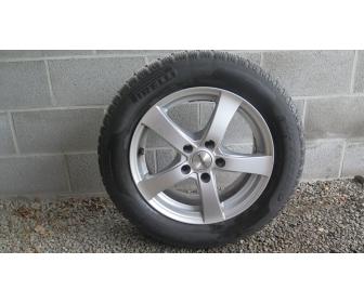 4 pneus hiver montés sur jantes 1